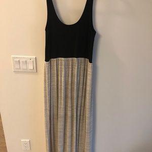 Size XS/S - Lou & Grey Black + Striped Maxi Dress!